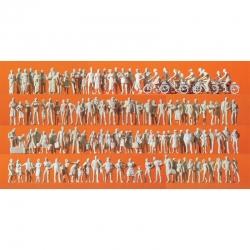 H0 nebarvené figurky -cestující a kolemjdoucí- 120 figurek