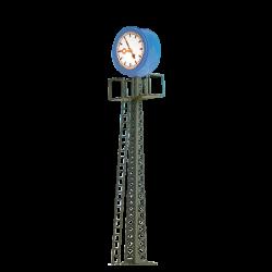 N hodiny na stožáru s podstavcem