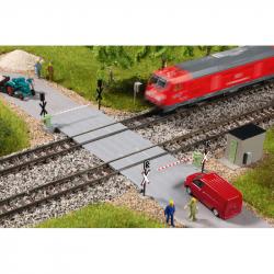N železniční přejezd -polovoční závora-
