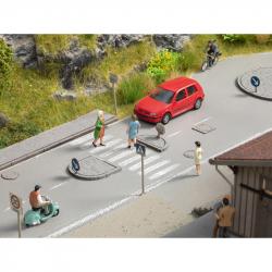 H0 - silniční set - dopravní značky a dopravní ostrůvky-